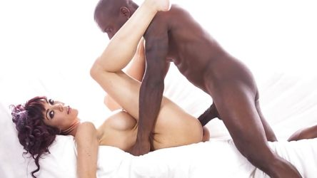 Sexy MILF Sofia Star Has Her First Interracial